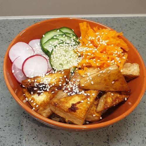 tofu in buddha bowl