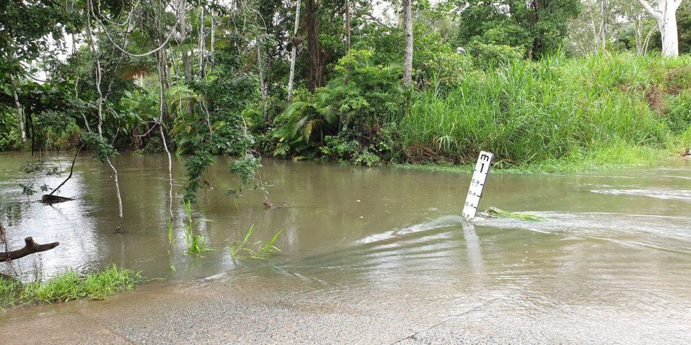 flooding in airlie beach road
